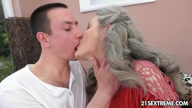 Naked Girls 18+ Amature aunt wants to fuck porn