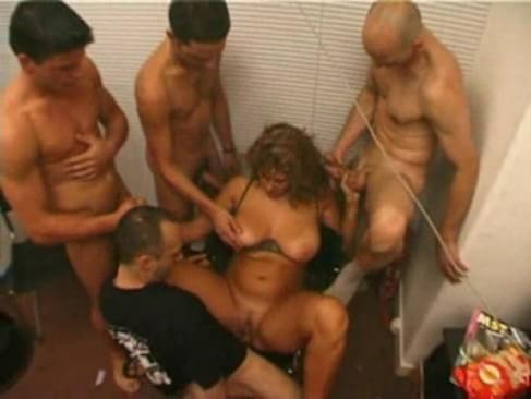 Enature nudist girls