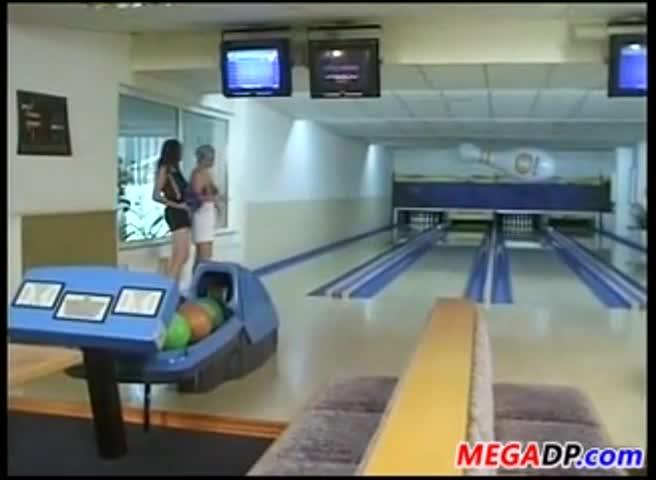 Bang bowling gang wife