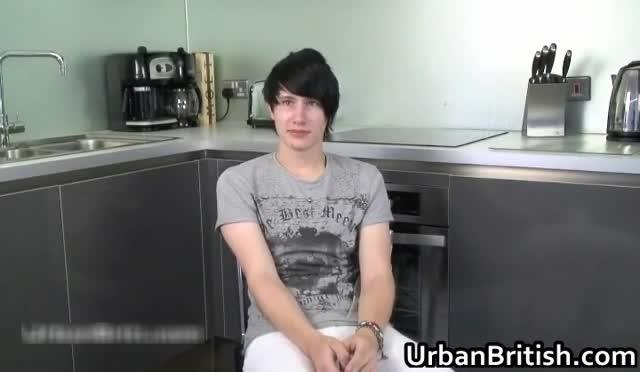 Fabricio wanking his fine gay cock in kitchen