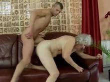 Granny loves it up the ass