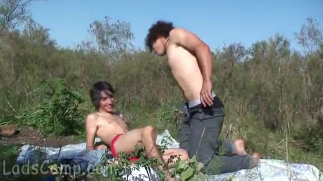 Russian porn video with a picnic online