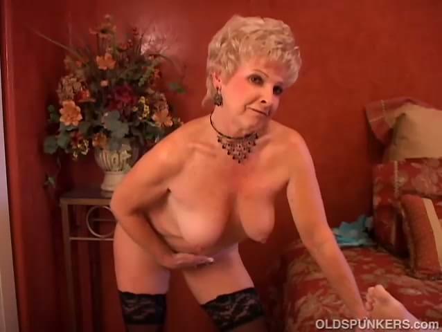 Sexy granny sucking cock