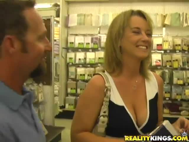 Amazing milf picked up and fucked