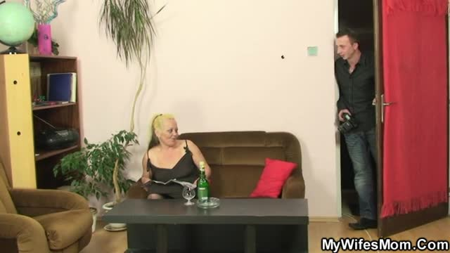 Amature double blow job video galley
