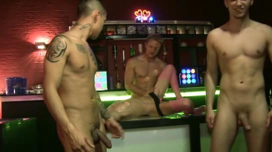 Teen nudist bare pussy