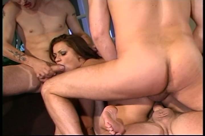 hot brunette hardcore fucks three guys : xxxbunker.com ...