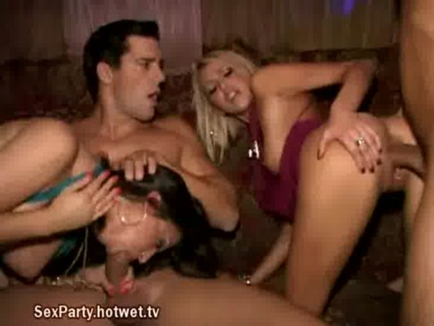 Sex nude scenes college
