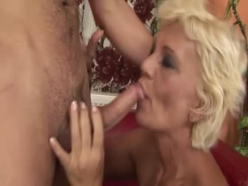peach and rosalind anal