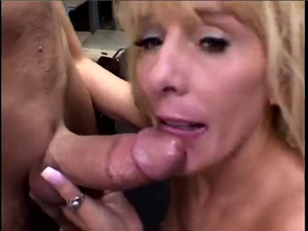 mature blowjob Hot blonde