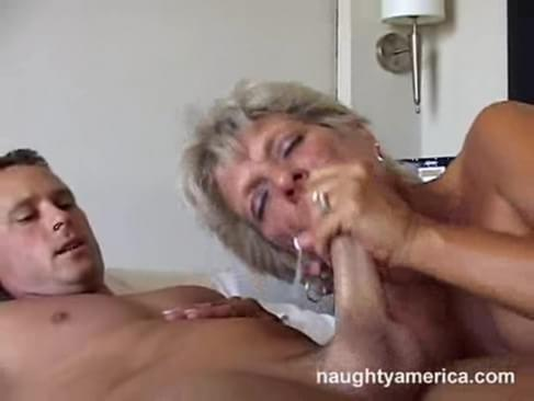 Mature Squirting Tube 120
