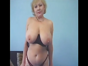 Huge natural tits jacking tit