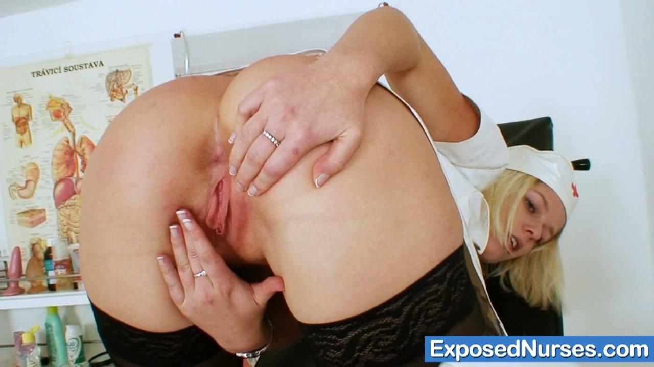 Mother and daughter masturbate