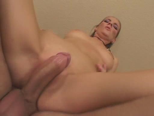 hot naked blondes masterbaiting