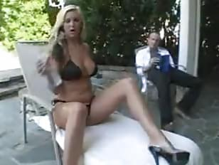 Housewife bikini fucked