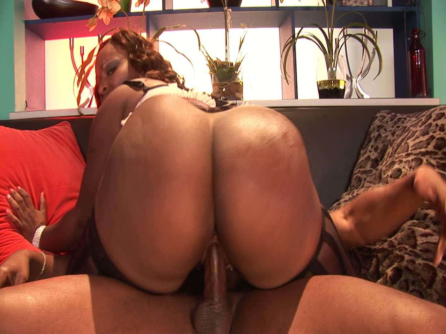 Hot naked fat big pussy moms