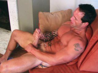 Musclebound dude orgy