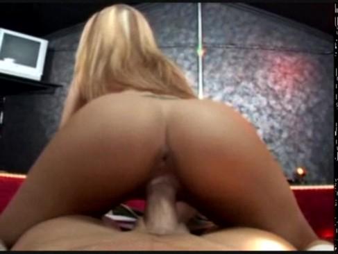 Stripper gets creampied