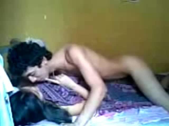duas mulher fazendo porno