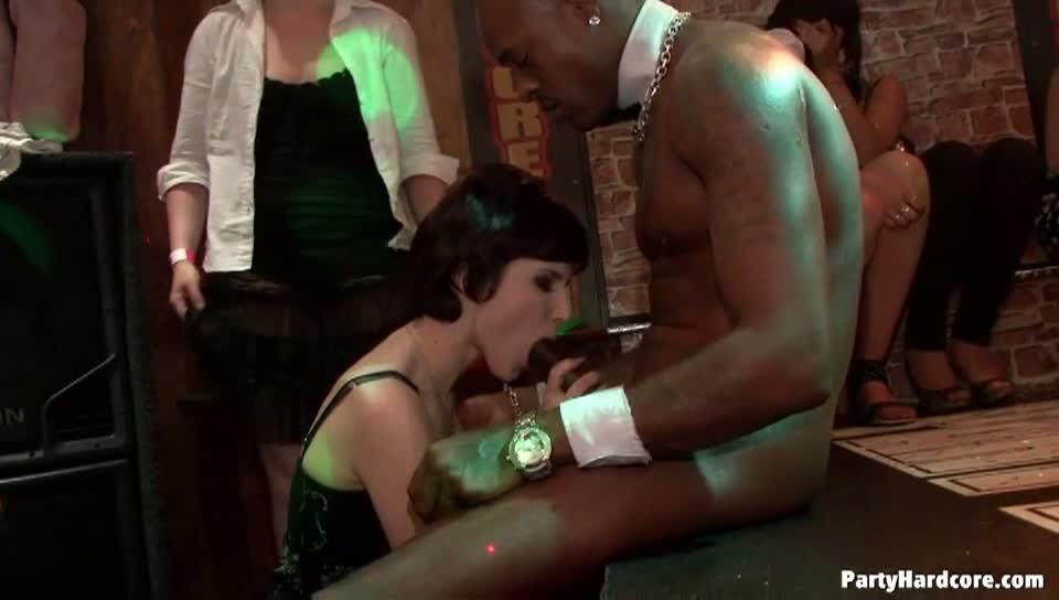free night club porn