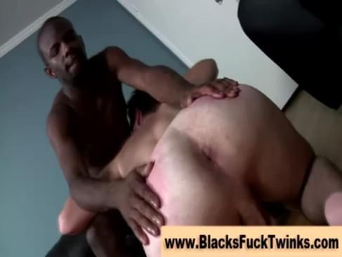 Horny interracial twink sucks on dick