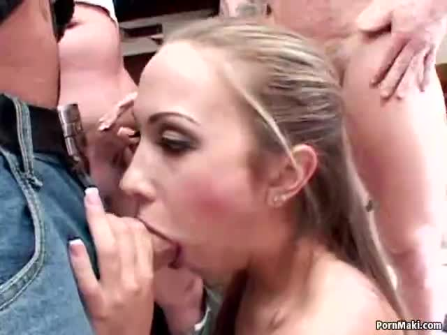 lick lip mmy wet