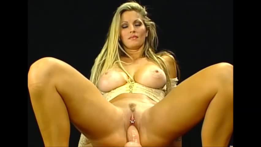 Females in strict bondage
