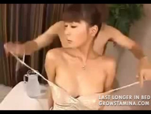 Japanese beauty oily sex asian videos. A very hot and sexy asian japanese ...