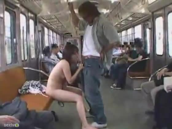 Perfect japanese bus blowjob