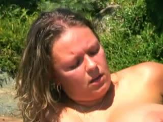 Jelly belly milf outdoors