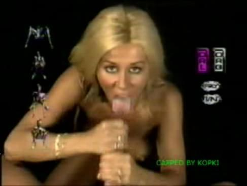Fake porn pics of sara gilbert