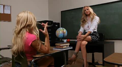 Adriana sephora and julia ann homework porn video