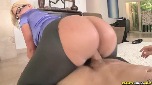 Preity zinta boobs nude