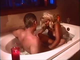 Kelly jaye anal