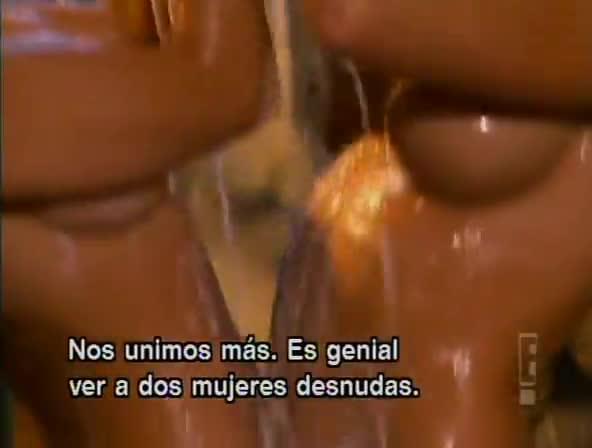 Kendra wilkinson nude shower