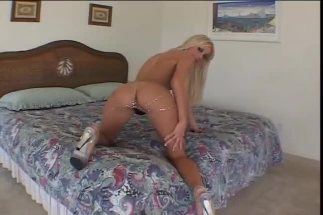 Free wife threesome porn videos