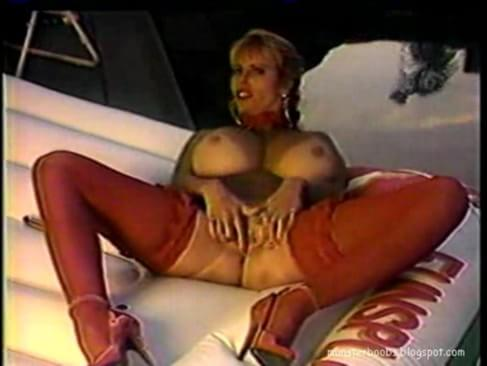 Hot porno Lily thai squirting