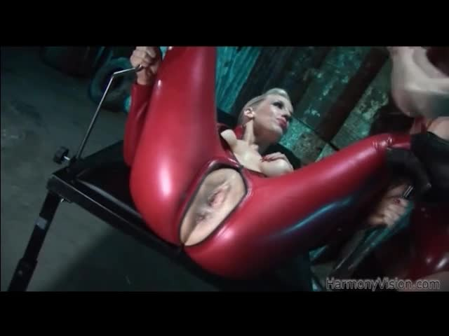 sex tape celebrite le sexe en latex