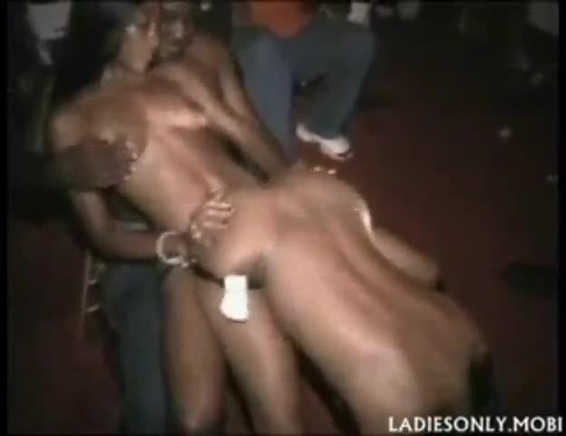 lesbian lap dance tube