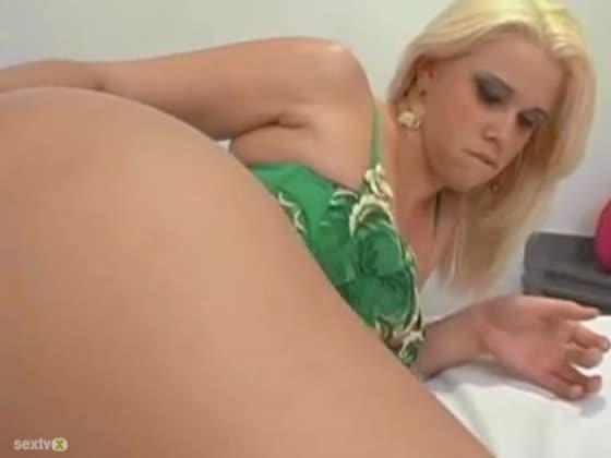 Big ass lesbian anal porn-8011