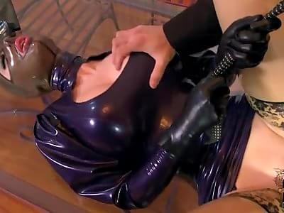latex lucy tube erotikshop kaiserslautern