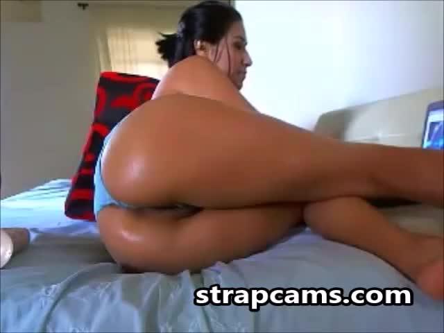 porno-russkie-transov-ebut