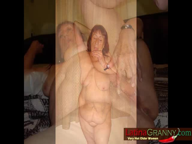 Selfies of naked cougars