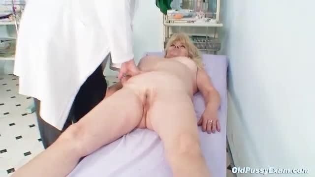 Dorismar pregnant nude