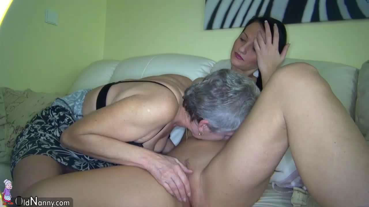 masturbating Lesbian grannies