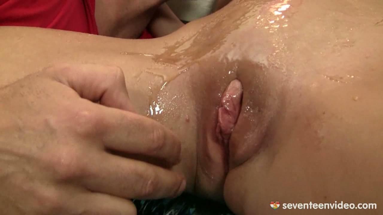 Pantyhose sex thumbs