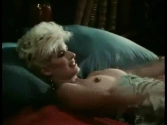Hot nude girls big boobs