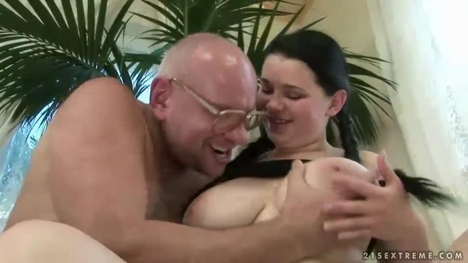 grandpa fuck video at veoh