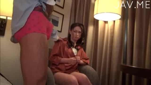 Ebony homemade masturbation