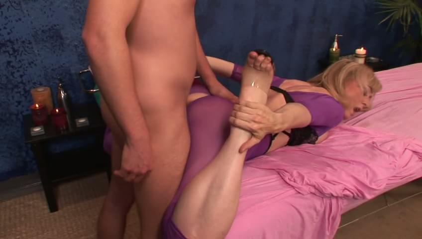 Mature blonde would rather suck that cock than get her massage in this free ...